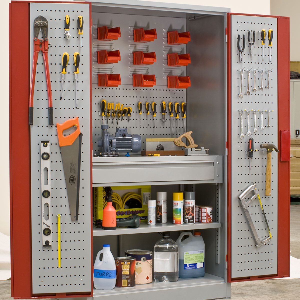 workshop-cabinet