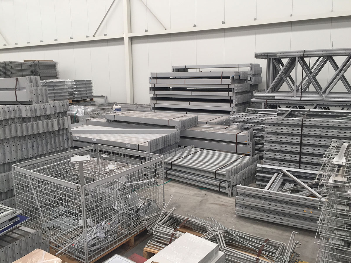 We Are Selling Ex Masters Racking